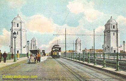 Trolley, West Boston Bridge